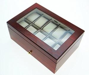 Edle Uhrenbox aus Nussbaumholz